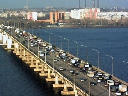 Через парі із Зеленським у Дніпрі на два місяці закривають міст