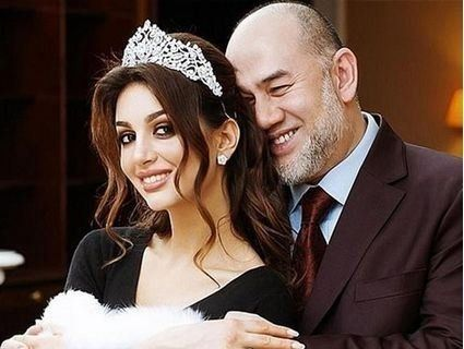 Король Малайзії розлучився з російською дружиною через пост в Instagram