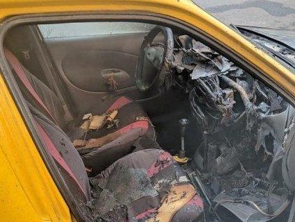 У Рівному горів автомобіль кандидата у нардепи (фото)