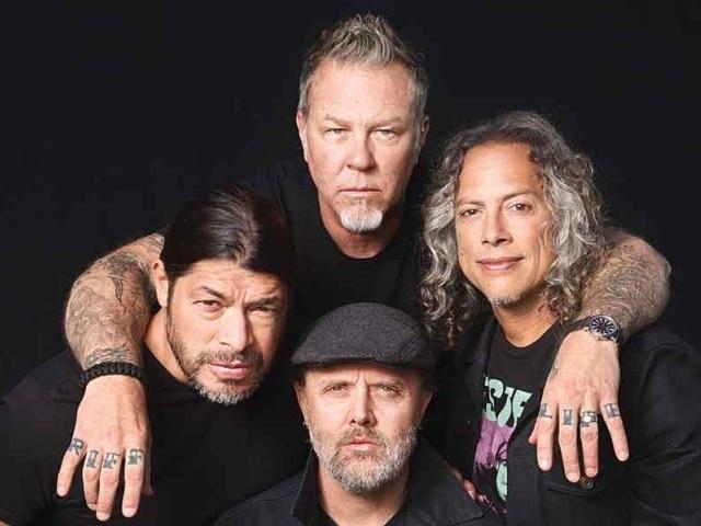 Metallica співає «Группу крови» Цоя (відео)