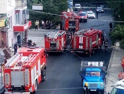 У Луцьку «НП»: горить житловий будинок в центрі міста (фото)