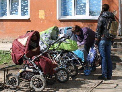 В Україні будуть облаштовувати парковки для дитячих візків