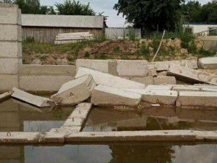 5 мільйонів гривень за плаваючий фундамент, або як на Рівненщині більше року будують нову школу