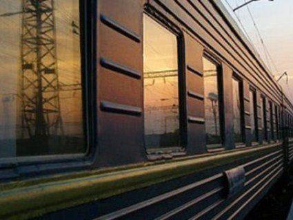Трагедія на залізниці: на Львівщині з потяга випав 11-річний хлопчик