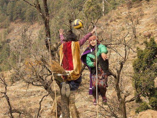 В Індії вчитель та дітлахи відтворили гру в квідич (фото)