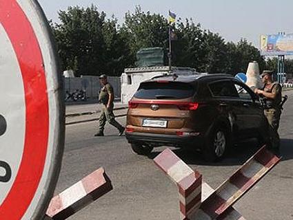 Окупанти обстріляли «Мар'їнку» з великокаліберної зброї