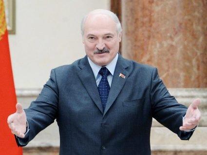 В Білорусі більше не можна звільнятися за власним бажанням – заборонив Лукашенко