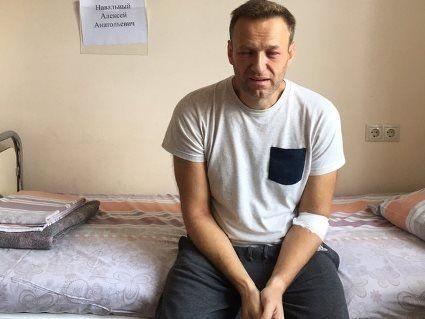 «Мене не труїли місцеві менти – вони самі в шоці», – Навальний про своє отруєння
