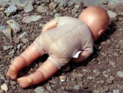 Закопала на городі: на Волині військова позбулася новонародженої дитини