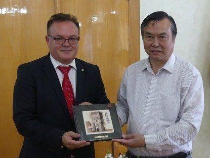 На Волині домовлялися про співпрацю з китайцями (фото)