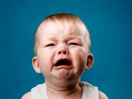 Чому плаче малюк? 5 основних причин