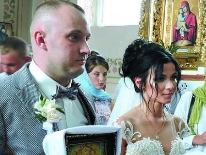 «Інтернаціональне весілля»: на Волині гуляли гості з Італії, Чехії, Словаччини і США