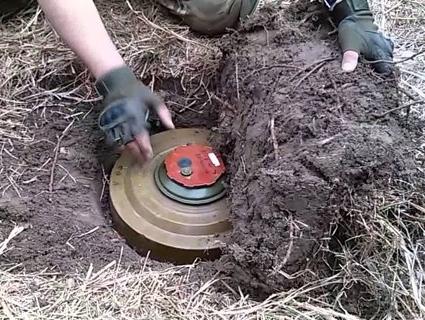 Бойовики встановлюють міни вздовж узбережжя Азовського моря