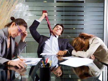 Робота в офісі може стати причиною для інсульту або інфаркту