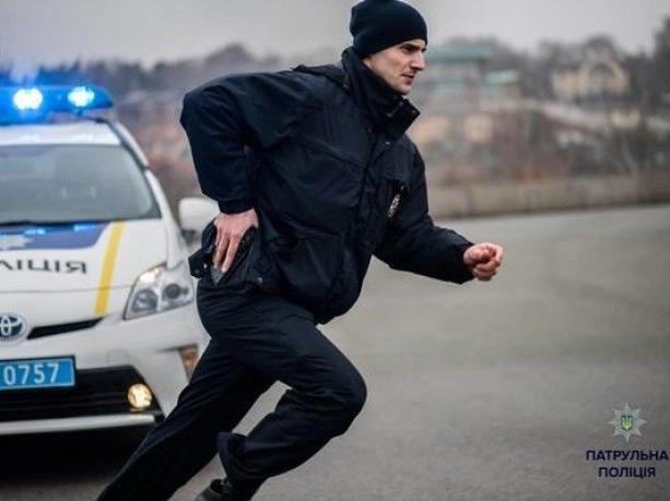 Водій-наркоман покусав патрульного у Рівному
