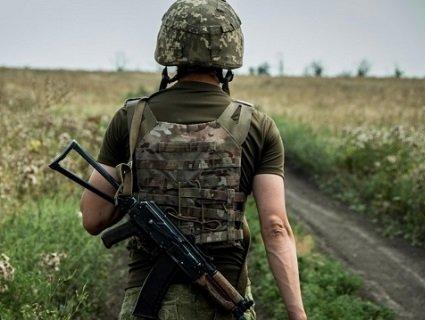 Тривожні вісті із фронту: у зоні ООС загинув військовий, ще троє поранені