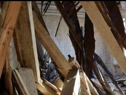 У музичній школі на Львівщині обвалився дах – загинув чоловік