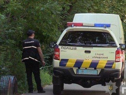 Не поділили дорогу: конфлікт автомобілістів закінчився стріляниною