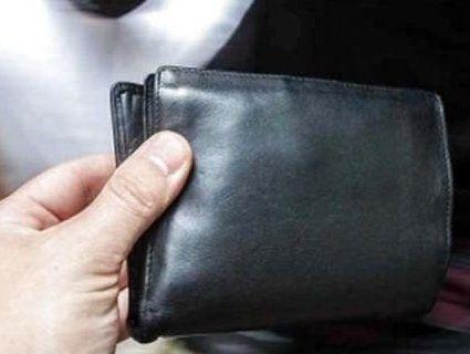 Неповнолітній вирвав з рук волинянина гаманець із грішми