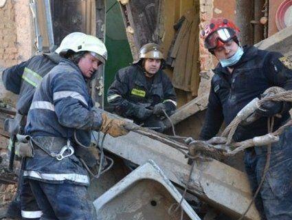 Обвал будинку у Дрогобичі: затримали двох комунальників