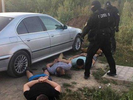 З банкету – у СІЗО: поліція прикрила кримінальну «сходку»