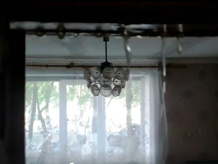 Епічне відео: психічно хвора сусідка затопила квартири лучан окропом