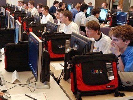 Які IT-спеціальності і в яких вишах популярні в Україні