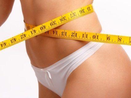 Жир на животі: назвали продукти, які допоможуть його позбутися