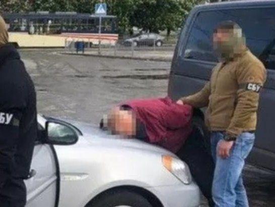 Судді «смалять» далі: із СІЗО випустили зрадника, який працював на ФСБ