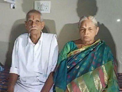 74-річна жінка народила здорову двійню