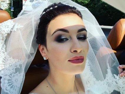 Після шести років шлюбу Анастасія Приходько нарешті повінчалась