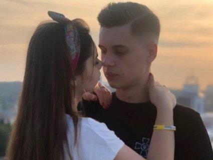 Вона сказала «так»: звільнений із полону моряк Андрій Ейдер освідчився коханій (відео)