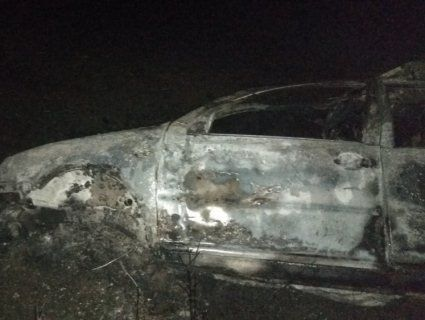 На Донеччині в авто заживо згоріли люди