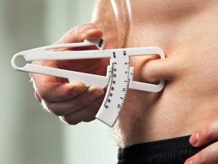 Чим загрожує кілограм жиру на животі