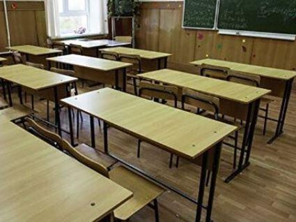 На Тернопільщині 11-класників примушують забирати документи зі школи (відео)