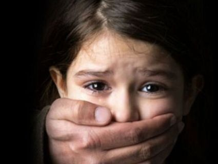 В Харкові педофіл дві години по-звірячому ґвалтував дівчинку