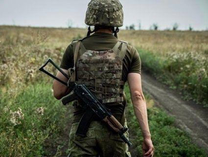 Погані вісті з фронту: на Донбасі загинув військовий