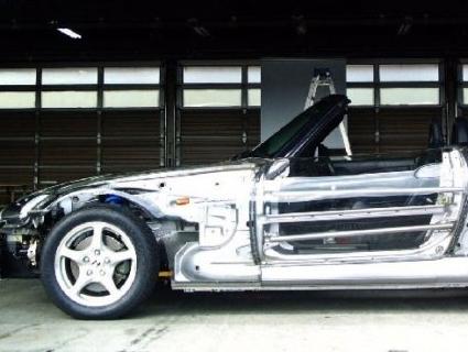Японці презентували повністю прозорий автомобіль Honda (фото)