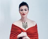 Відома співачка втекла від Тимошенко