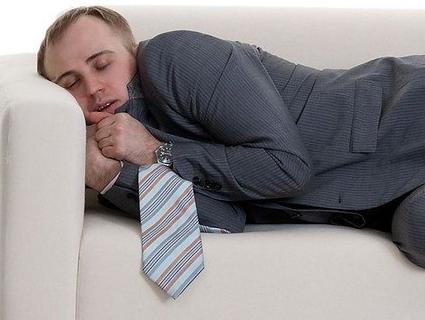 «Кімарніть»: денний сон зменшує ризик розвитку інсульту й інфаркту