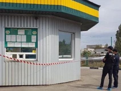 Потрійне вбивство: на АЗС виявили тіла трьох працівників