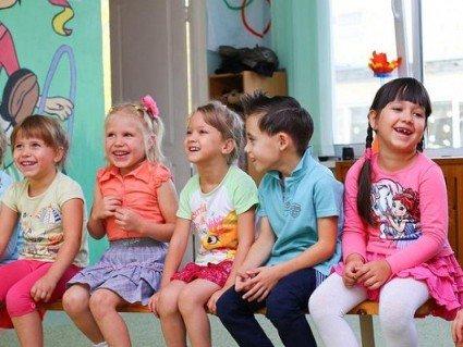 Більше 30 тисяч діток в Україні не можуть відвідувати дитсадки через брак місць