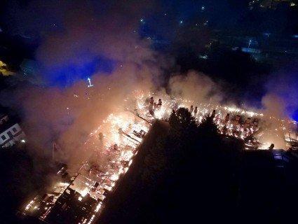 Дах вигорів дощенту: пожежу в Луцькому госпіталі знімали з дрона (відео)