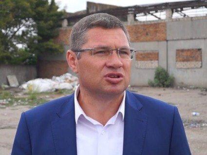 Екснардеп, який фігурує у справі Гандзюк, сп'яну побив депутата райради (відео)