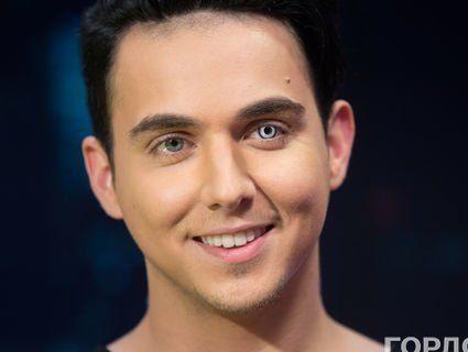 Найкрасивішим чоловіком планети може стати відомий український співак