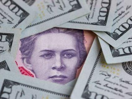 Долар досяг нового мінімуму – «провалився» нижче 24 гривень