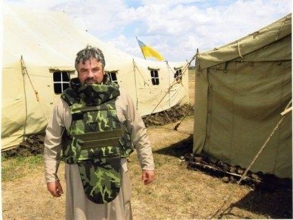 Волинський священник розповів, як врятував снайперку