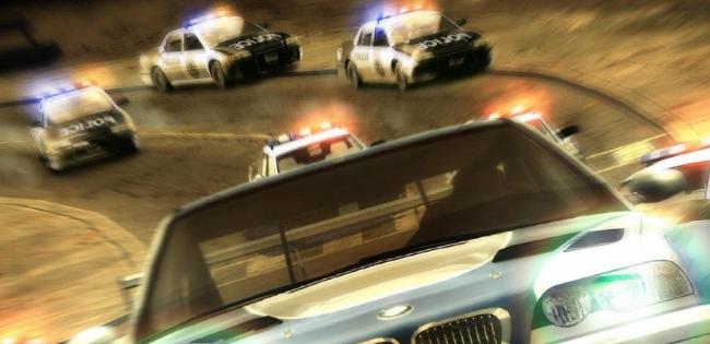 У Києві дев'ять патрульних нарядів ловили п'яного підлітка на татовій BMW
