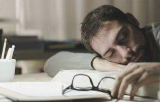 Коли лягати спати, щоб стати розумнішим