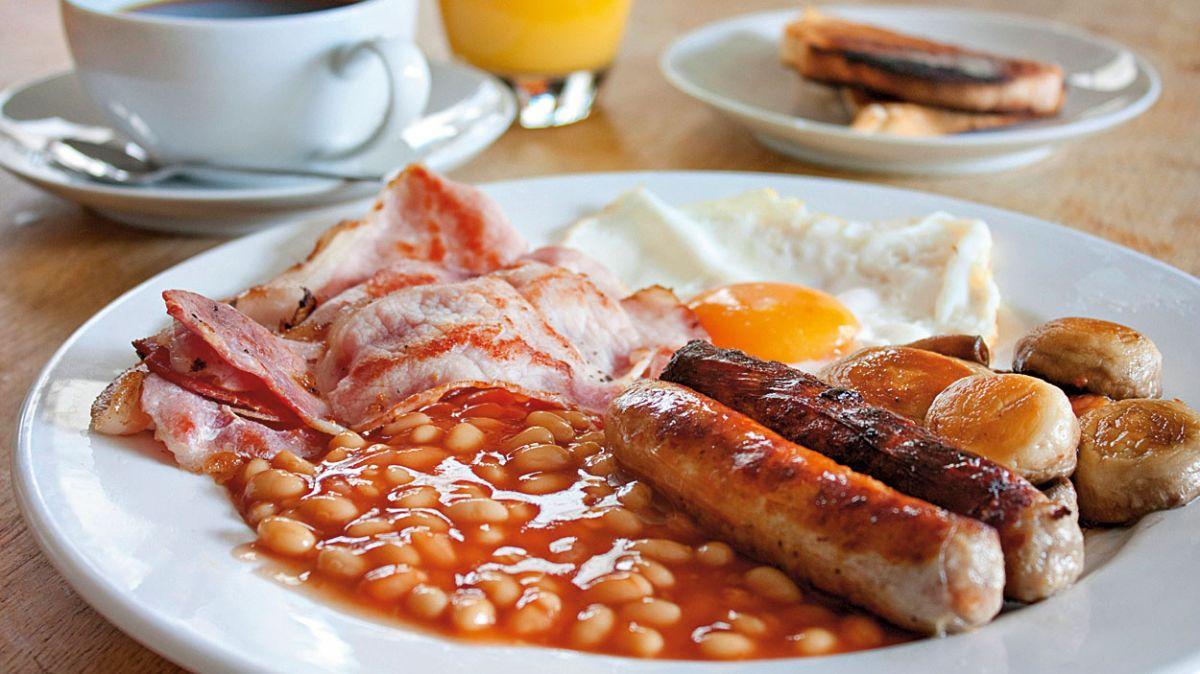 Сніданок вихідного дня: по-англійськи